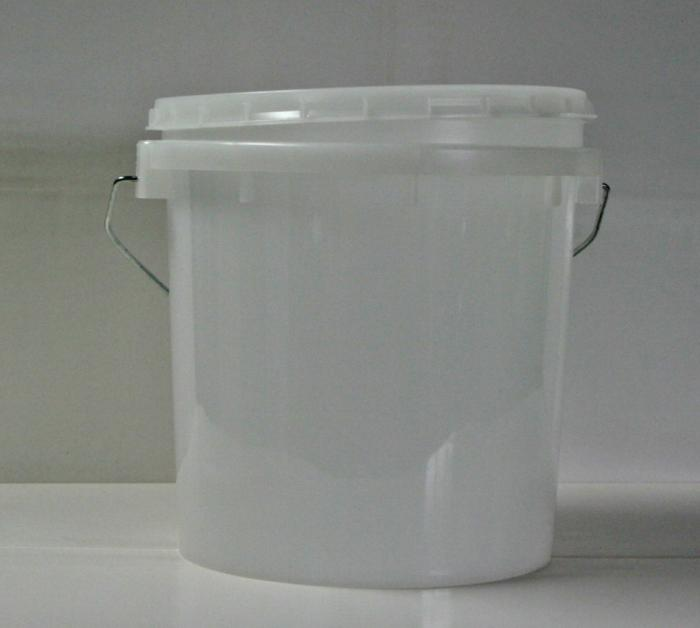 Pails, Gallon Size