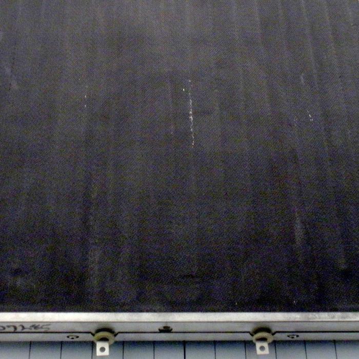 "Radiant Panel, Dimension 16""x20"", 1600W, Voltage 208VAC, 1-3 Phase"
